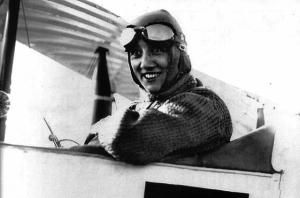 altra-meta-cielo-storia-aeronautica-femminile-trasvolata-atlantico-adrienne-bolland-1921